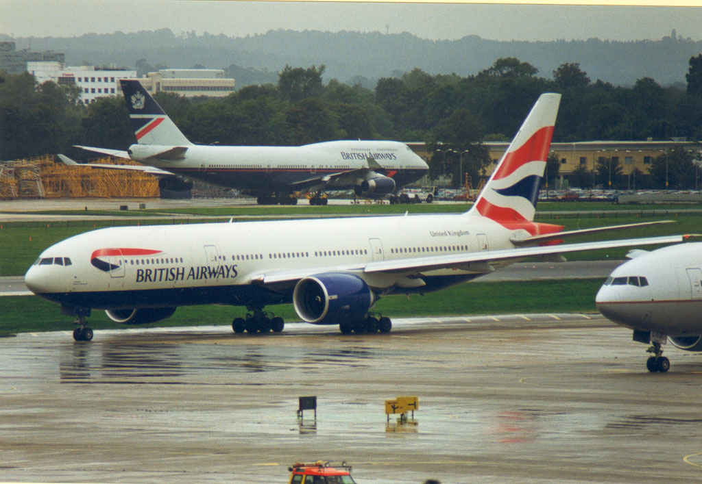 777-236. G-VIIV Union Flag London Gatwick - LGW 1999